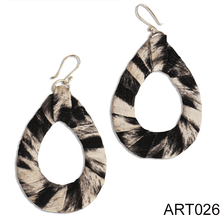 ARETES ESTAMPADOS by Metamorphosis