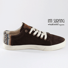 MARRÓN ZAPATILLAS GAMUZA by Inti Surfing