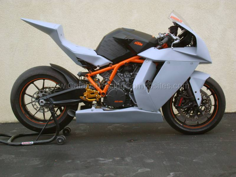 KTM SUPERBIKE BODYWORK KIT 2008 2009 2010 2011 2012 2013 2014 2015 UPPER FAIRING SIDES BELLY BELLYPAN TAIL FRONT FENDER CATALYST IONEMOTO