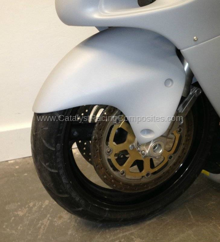 SUZUKI HAYABUSA<br> 99-07'<br> LOWERED FRONT FENDER
