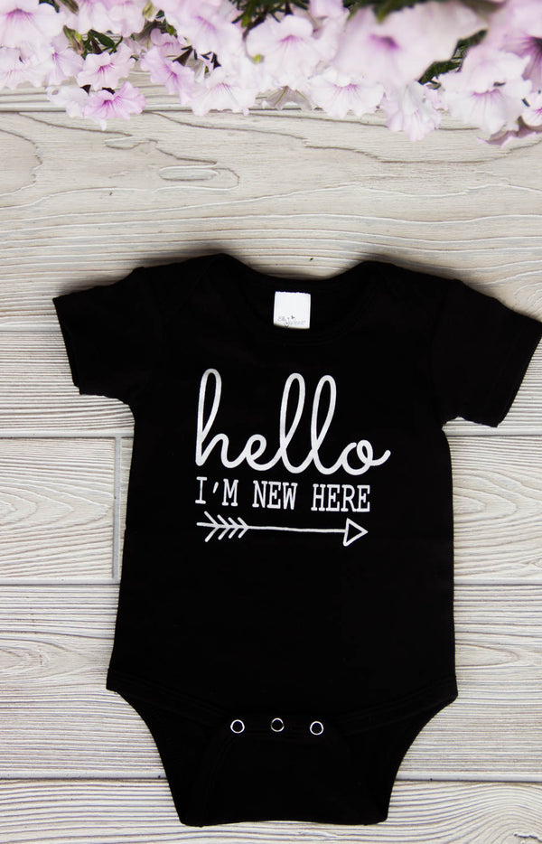 Hello I'm New Here - Newborn Onesie by Darling Custom Designs