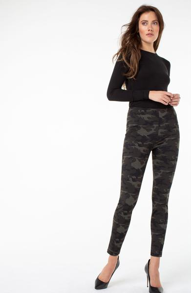 Liverpool Reese Pull On Ankle Leggings Camouflage