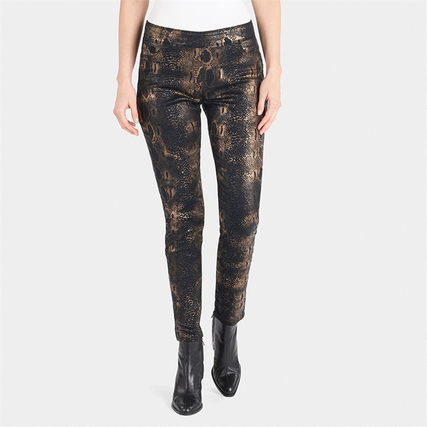 OMG! Distressed Printed Jeans by Coco + Carmen