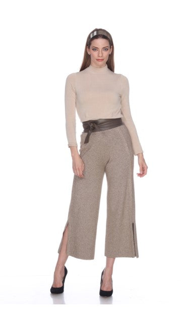 Knit Pants With Bottom Slit