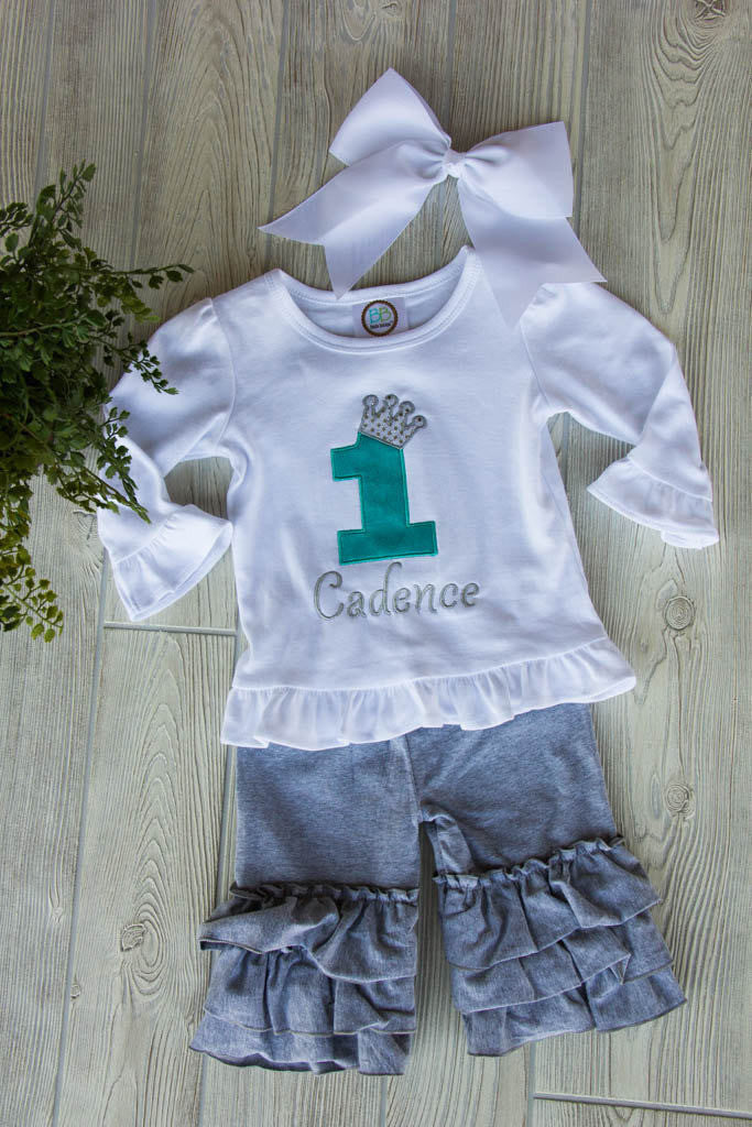 First Birthday Outfit w/ Name