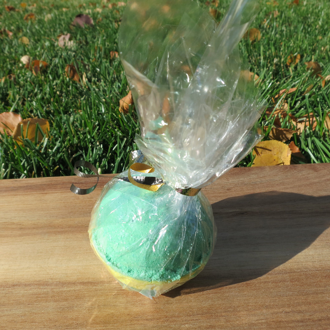 "Sweet Grass Bath Bomb (2.5"") - Black Gold Soap Company"