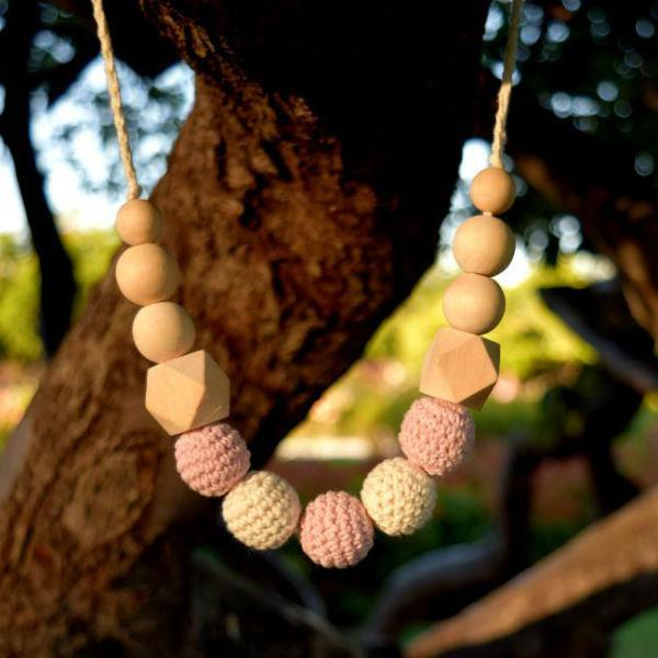 safe all natural teething necklace for mom and baby