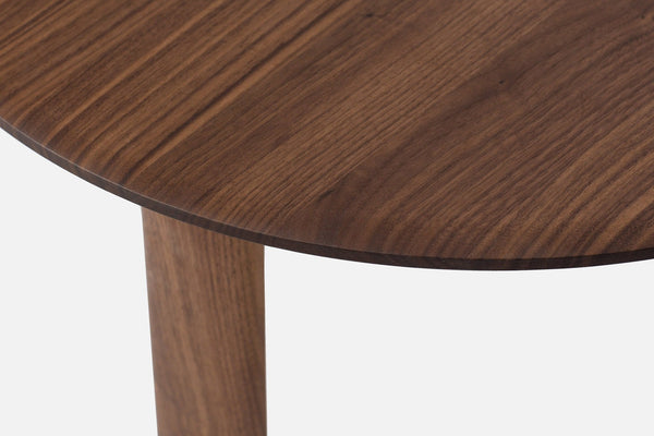 oak table closeup