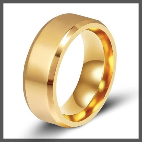 Gold band pinky ring for men