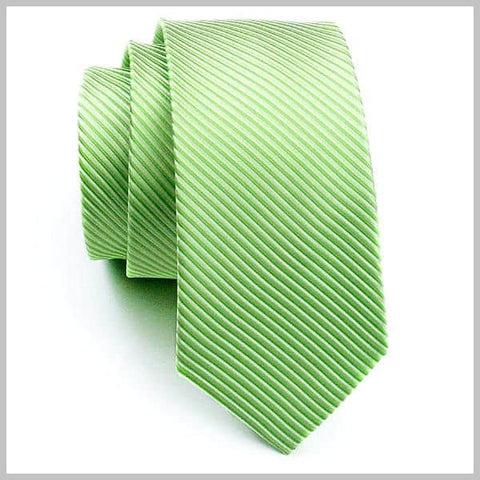 Light green tie made of silk