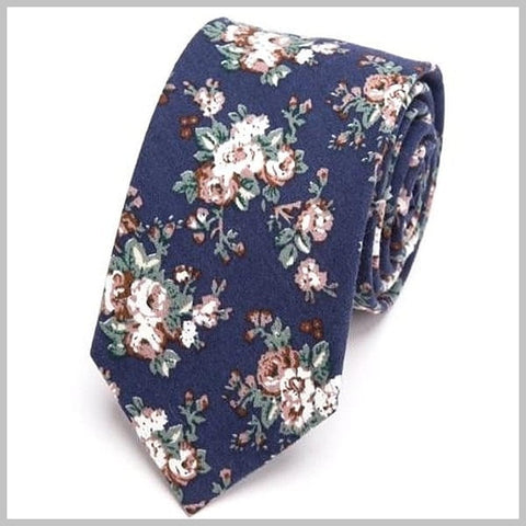 Blue skinny floral tie made of 100% cotton