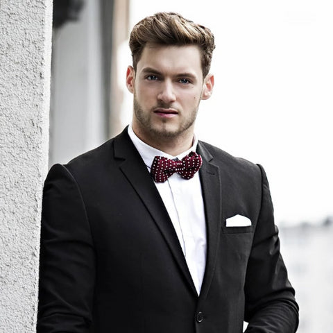 Classy Men Knitted Bow Tie Red