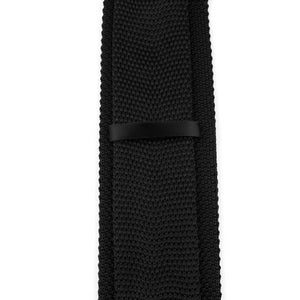 Classy Men Solid Black Knitted Tie