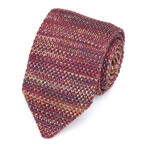 Classy Men Red Knitted Tie