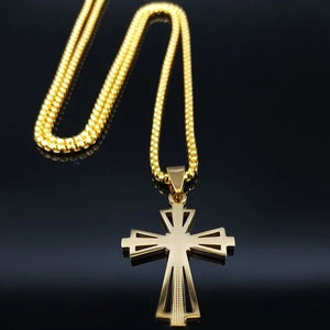 Classy Men Gold Designer Templar Cross Pendant Necklace