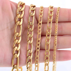 Classy Men 9.5mm Gold Figaro Chain Necklace