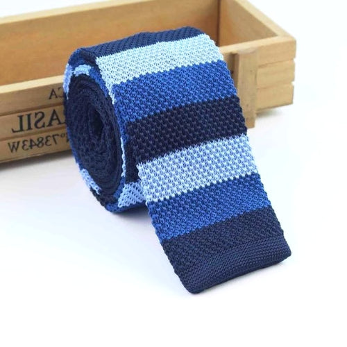 Classy Men Blue Shade Striped Square Knit Tie