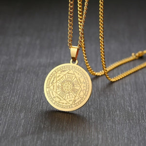 Classy Men Gold Coin Pendant Necklace