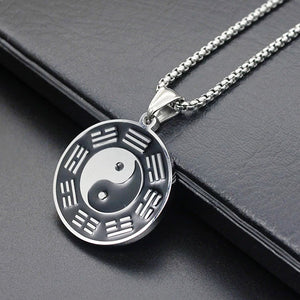 detailed side profile of the yin yang necklace