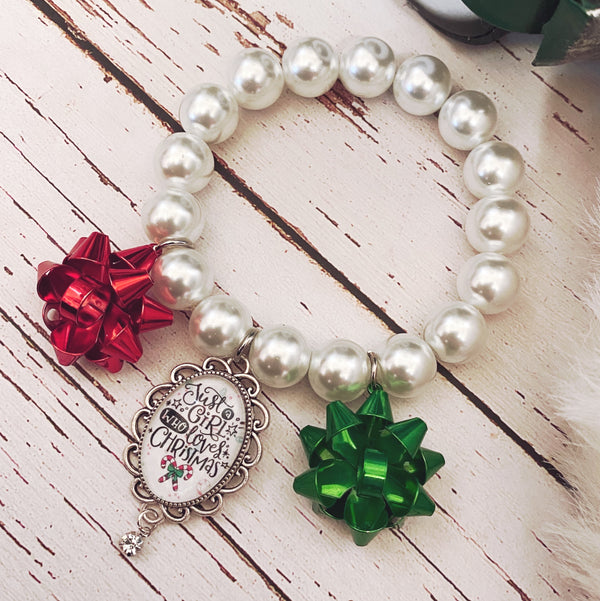 Just a Girl Who Loves Christmas Bracelet