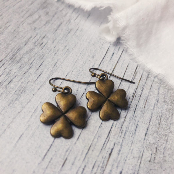 Clover earrings antique bronze tone