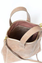 Crossbody Handbag - Sand Leather