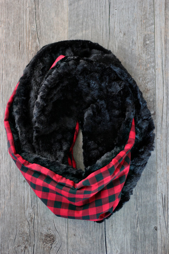 Buffalo Check Faux Fur Scarf - Red + Black