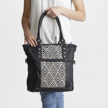 Messenger Bag - Black A LIne