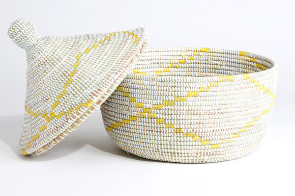 Yellow and White Garland Warming Basket