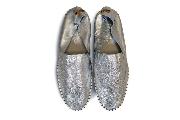 The Great One: Women's Metallic Leather Slip On