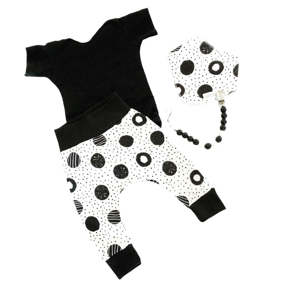 Harem pants - black circles on white