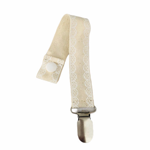 White Lace on Beige Dummy Clip