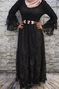 Vintage Lace Gown - Diamonds in the Rough Fashion