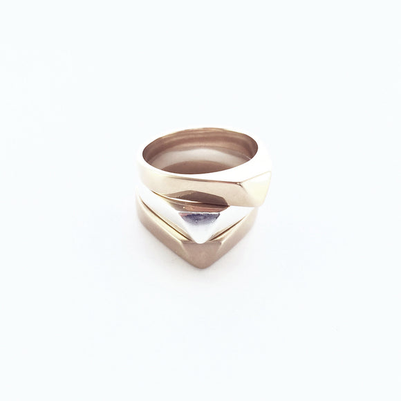 ME-I-ME ARROW RING BRONZE OR SILVER