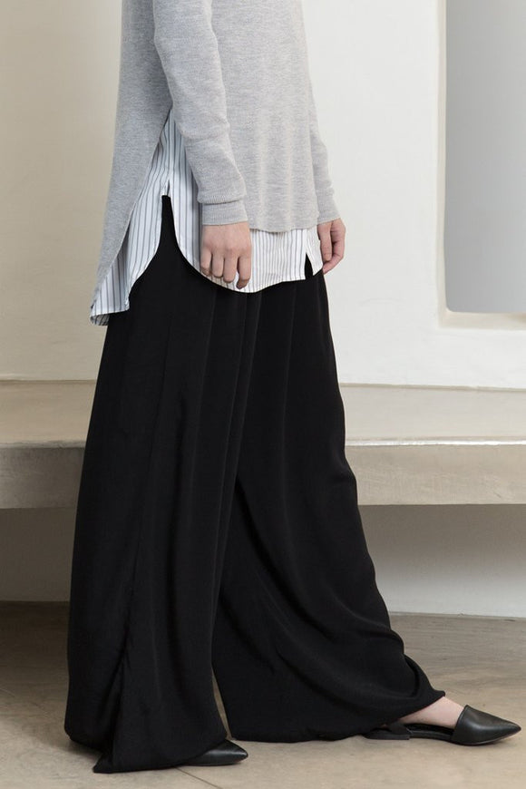 Tluxe Everyday Flare Pants
