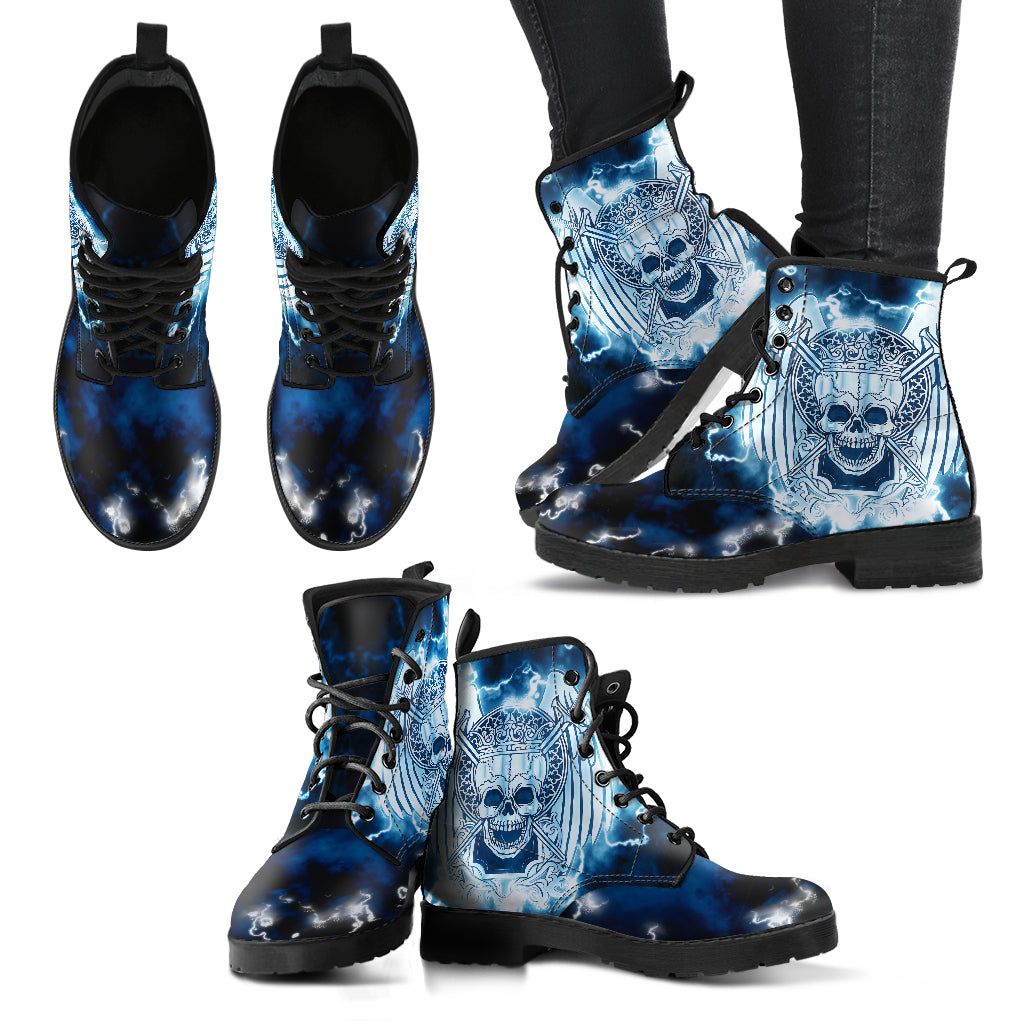 Flying Skull Handcrafted Boots - JaZazzy