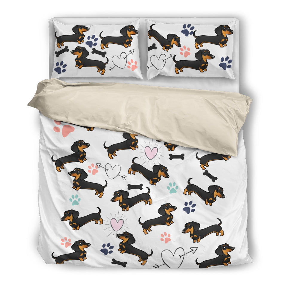 White bedding with dachsund and hearts - JaZazzy