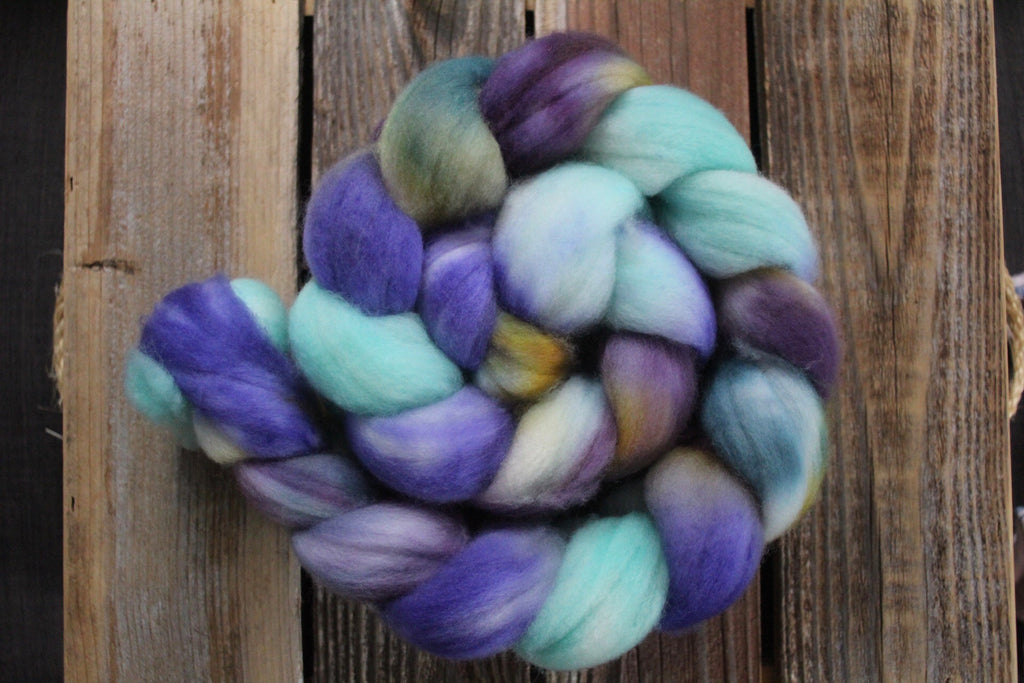 Waterlilies - SW Merino Roving Combed Top