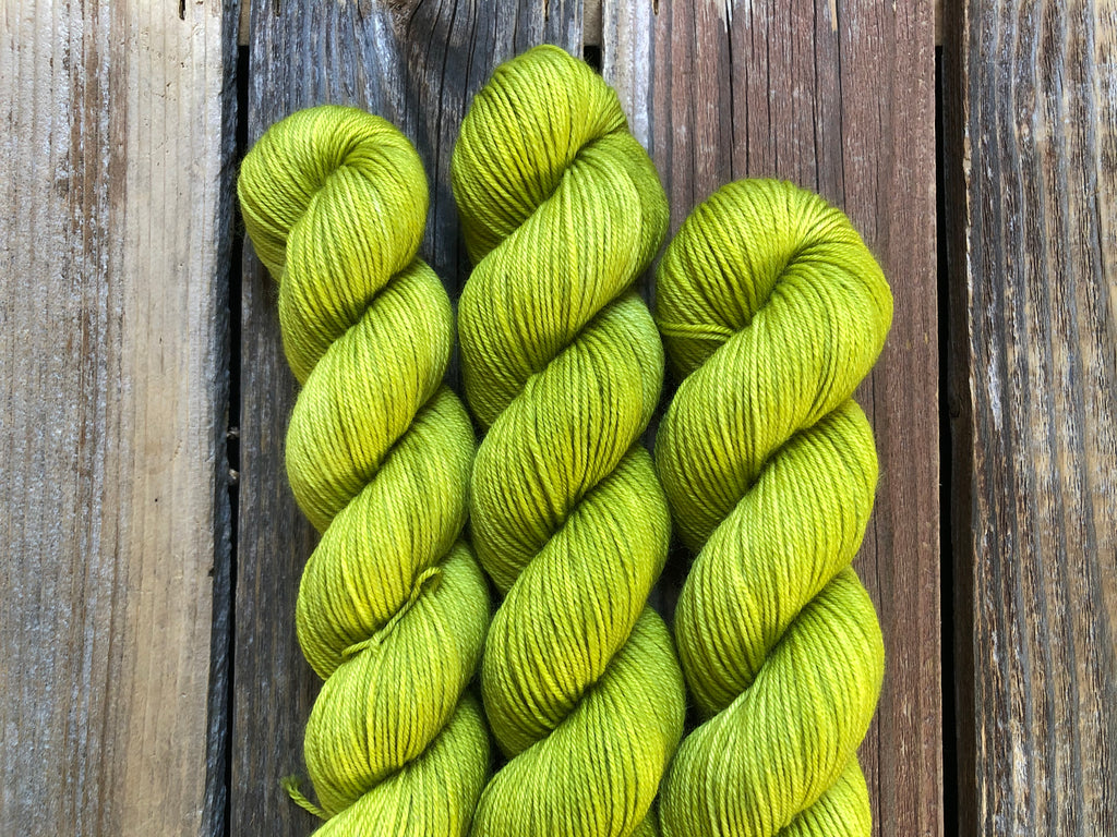 Bust A Lime (tonal) - 50g Simple Sock