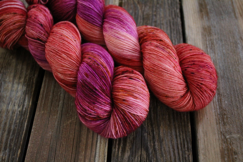 Alpine Strawberry - Simple Sock