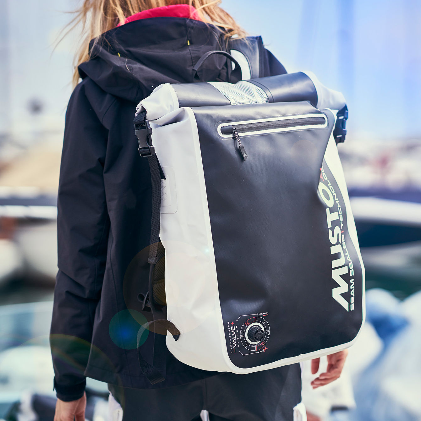 DYNAMIC 40L BACKPACK