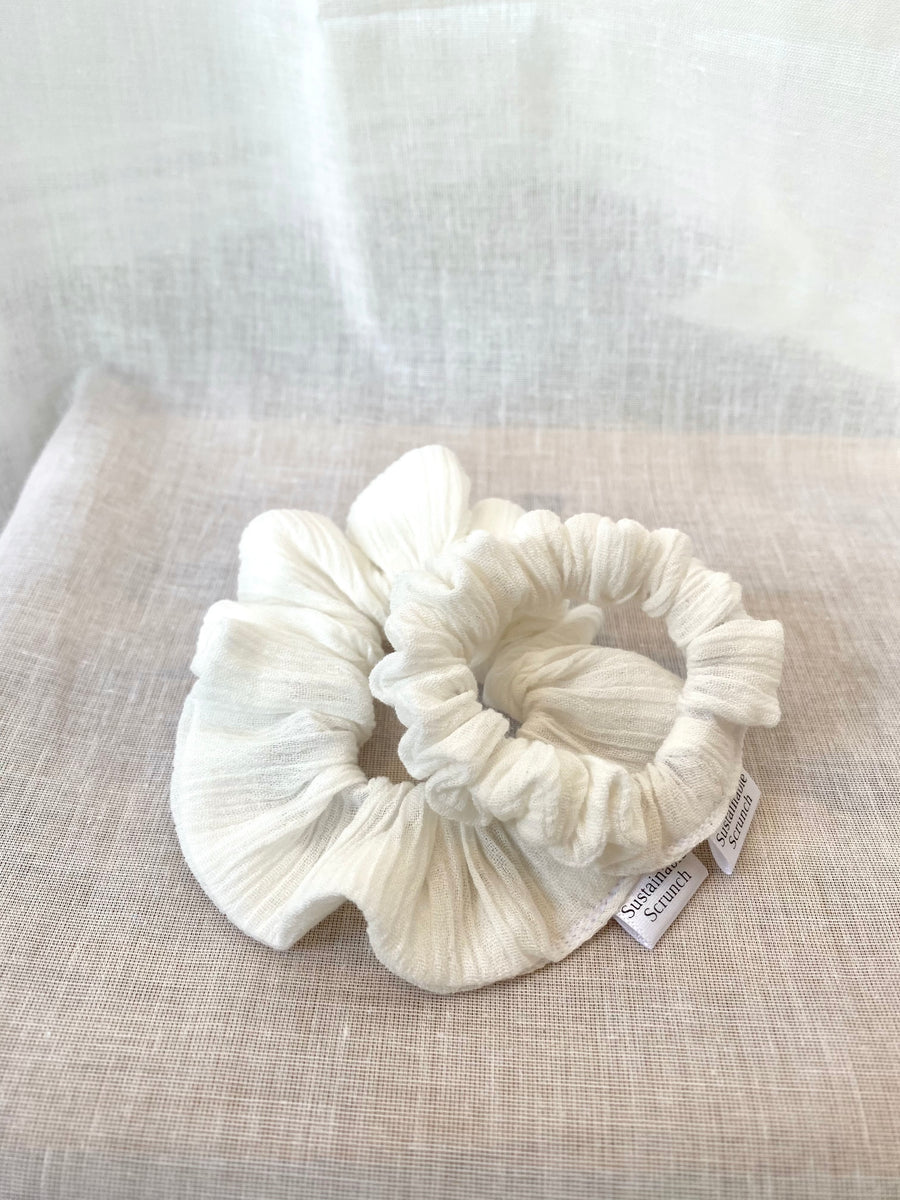 Sustainable Scrunch Poppy Ivory Scrunchie