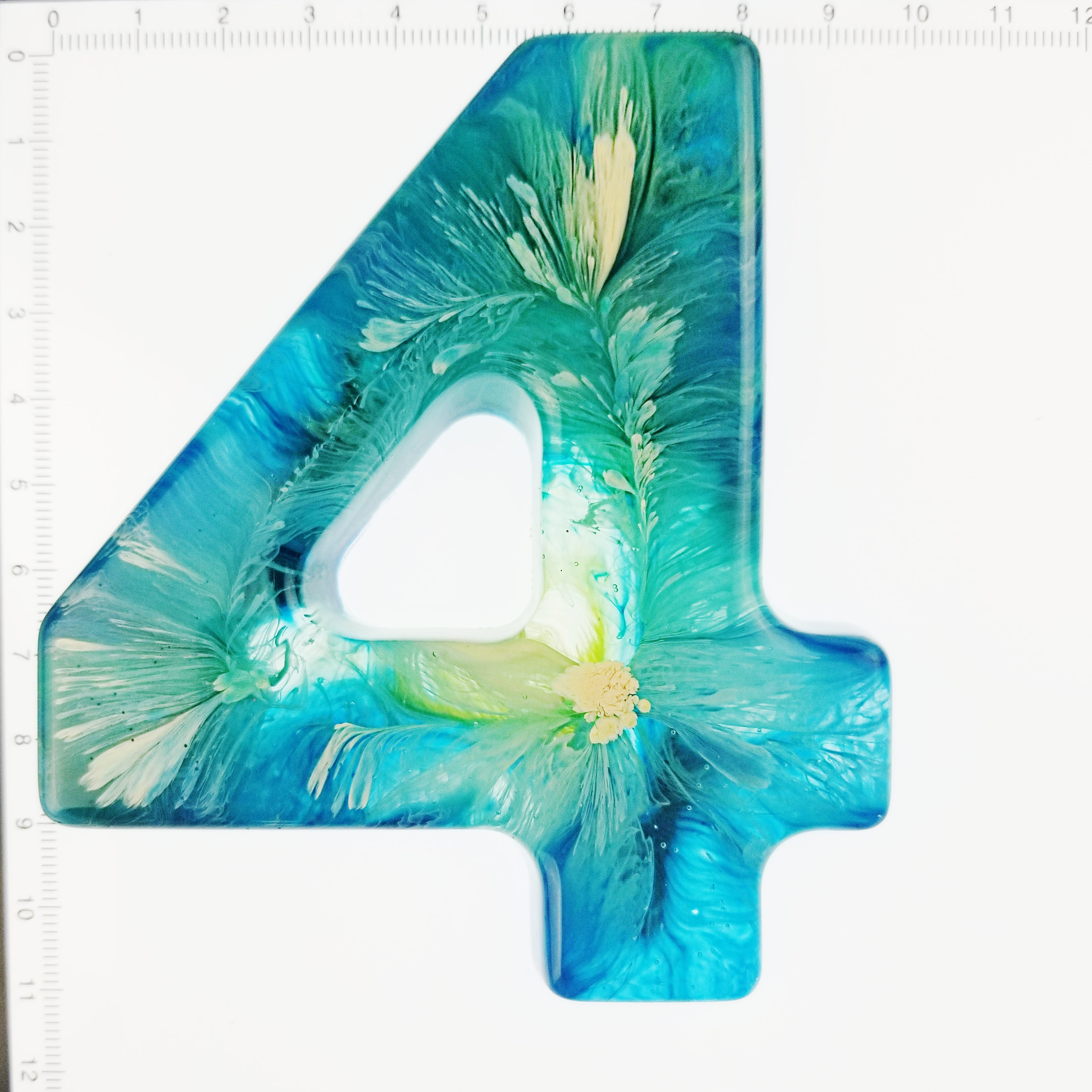 A Psychedelic Resin Number -Individual