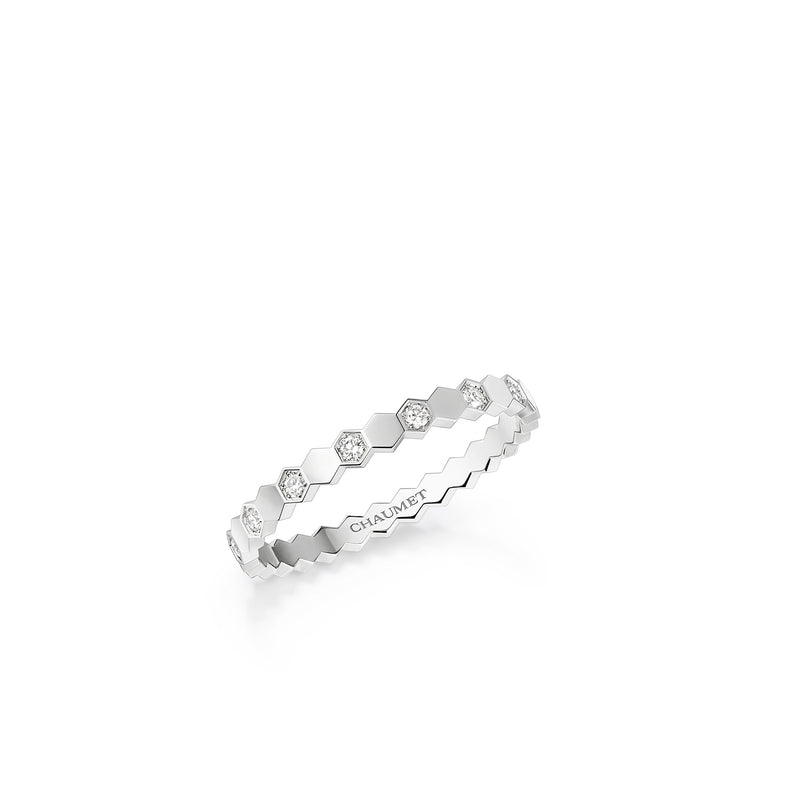 Bee My Love Ring in White Gold and Diamonds
