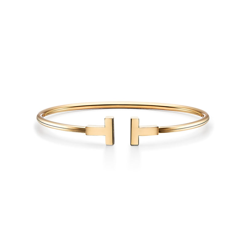 Tiffany T wire bracelet in 18k yellow gold
