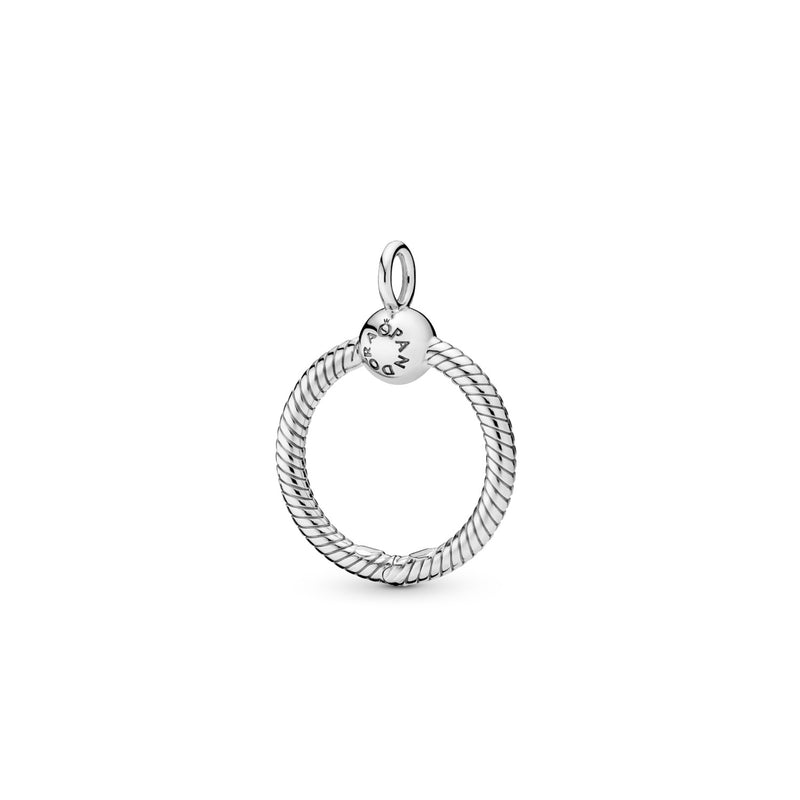 Pandora Moments O Pendant in Sterling Silver