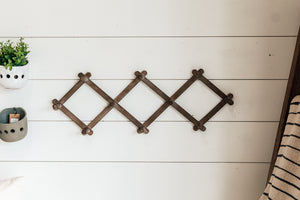 Accordion Wall Hanger