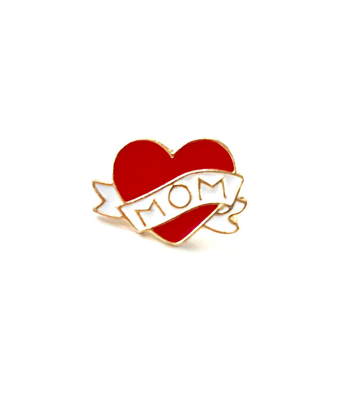 I Heart Mom Pin