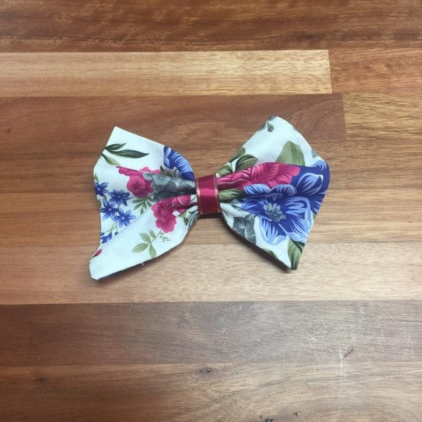 Bow Clip to match outfit