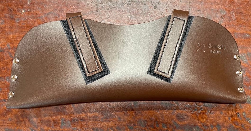 Broad axe leather sheath. Cover.